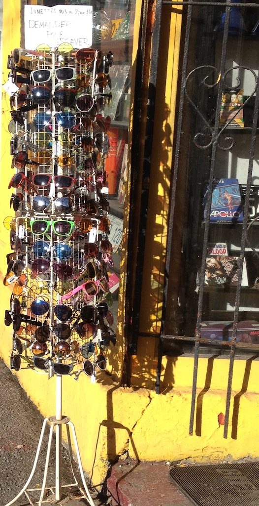 Sunglasses for sale in Le Plateau